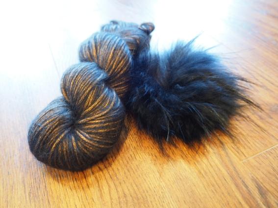 Luminosa & a fur pompom