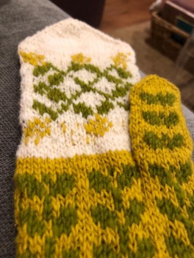 My Isabel mittens