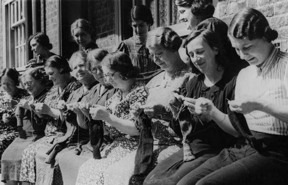 War_Time_Knitting